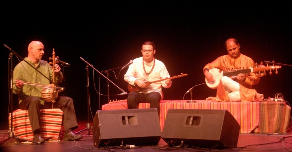 Saeed Kamjoo, Pooria Pournazeri et Aditya Verma.