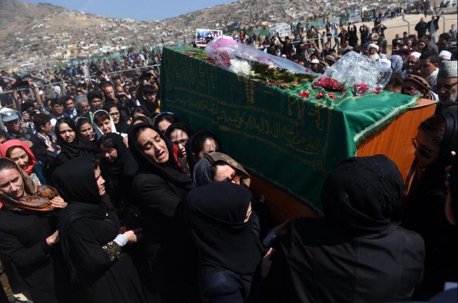 Enterrement de l'Afghane lynchée