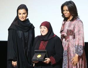 Dr Sakena Yacoobi lors de la remise du prix WISE.