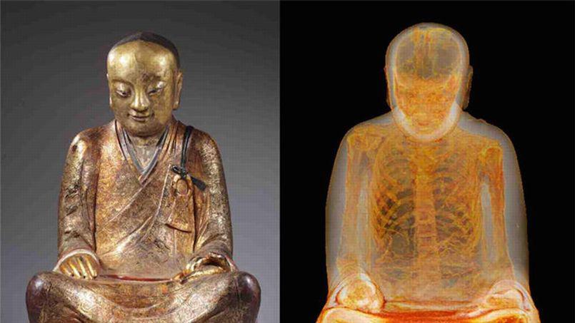 Statue du Bouddha renfermant une momie