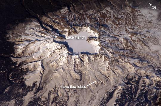 Le mont Paektu en 2013