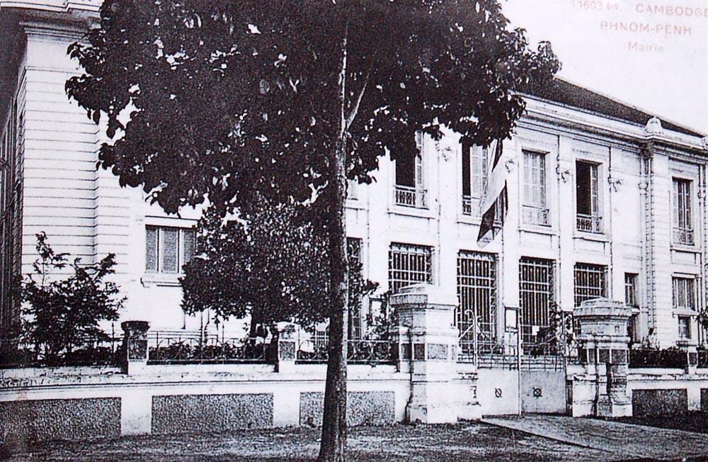 La mairie de Phnom Penh en 1908.