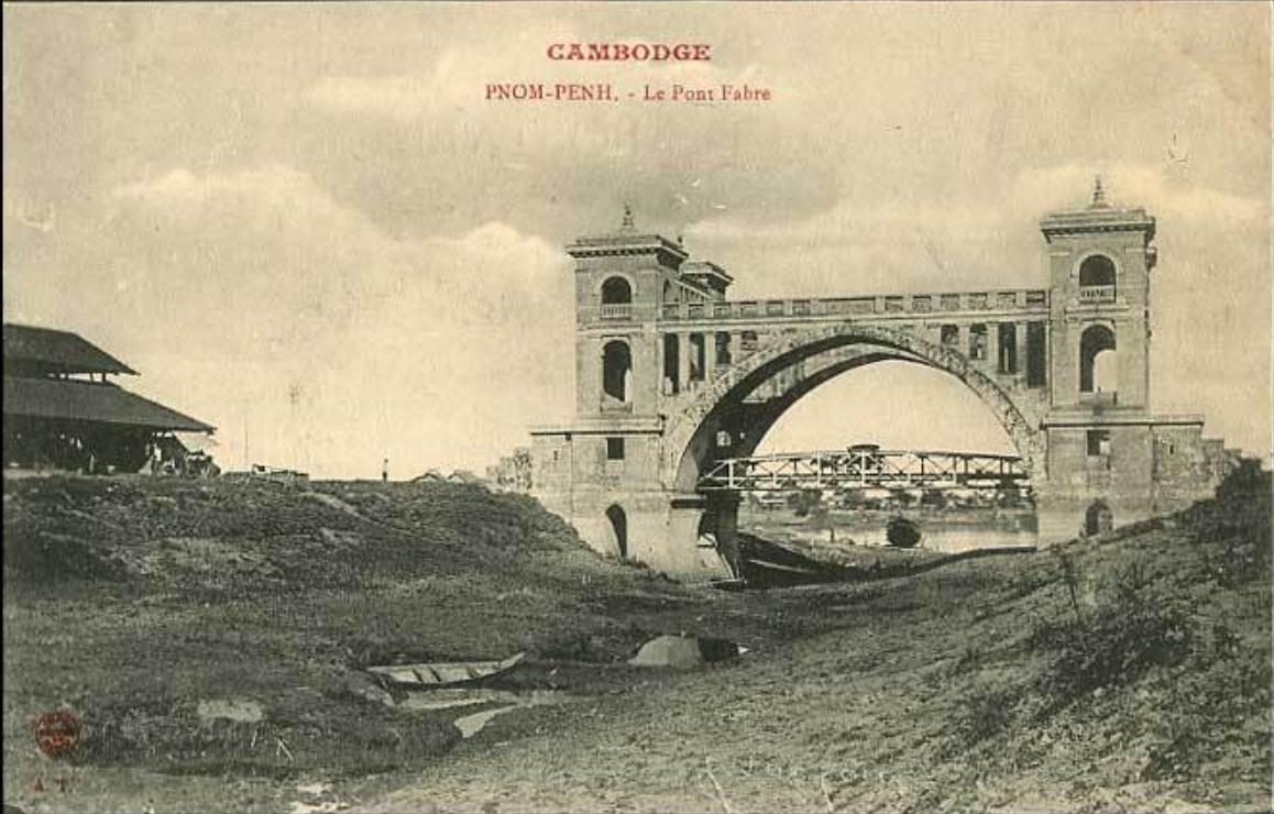 Le pont Fabre au début du XXe siècle.