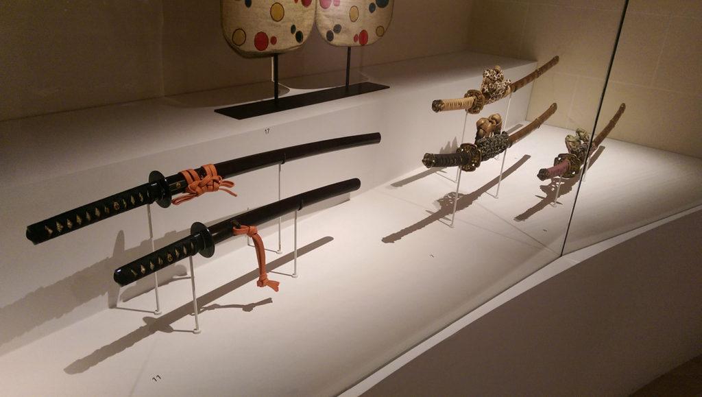 Katanas à l'exposition Daimyo à l'hôtel d'Heidelbach